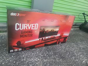 """STUNNING DECOGEAR 35"""" CURVED GAMING MONITOR LED Lights $659 for Sale in Orlando, FL"""