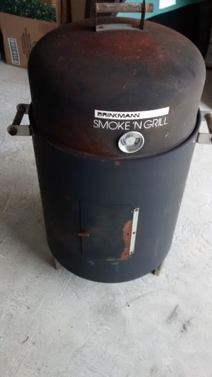 Brinkman smoke n grill for Sale in Grants Pass, OR