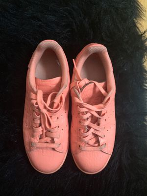Adidas Stan Smith Coral Sz 6 1/2 for Sale in Bloomfield, NJ