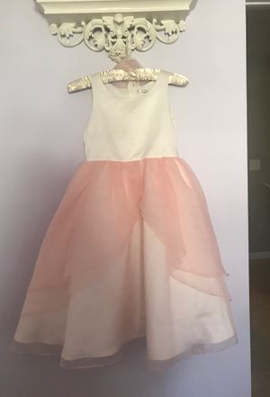 Flower girl dress - sz 8 for Sale in Fuquay Varina, NC