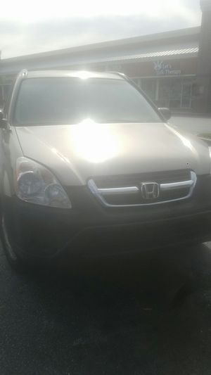 2005 HONDA CRV RUNS AND DRIVE GOOD, NEEDS ALIGNMENT THE PRICE IS FIRM, for Sale in Lilburn, GA