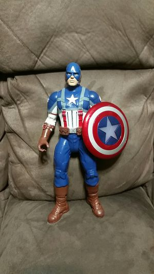 Captain America Talking Figure for Sale in Pearland, TX