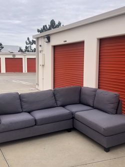 FREE DELIVERY!!! GRAY SECTIONAL for Sale in Mission Viejo,  CA