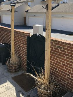 Solar Oak Wood Barrel Planter and Post for Sale in Frederick,  MD