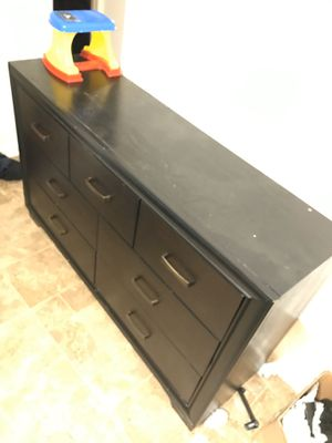 Black bedroom set for Sale in Little Rock, AR
