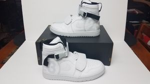 "NIKE AIR JORDAN 1 MOTO "" PURE PLATINUM"" WHT SIZE 10 for Sale in Cypress Gardens, FL"