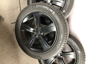 Range Rover Velar 2018 rims and tires for Sale in Chula Vista, CA