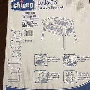 Chicco Lullago Portable Bassinet for Sale in Wichita, KS