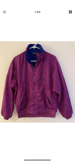 Men's purple Patagonia baggie jacket! Size medium for Sale in Everett, WA