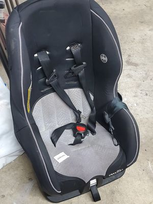 Everflo Car seat for Sale in Inglewood, CA