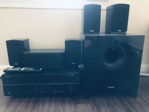 Yamaha Home Theater with 5 speakers, extra bass speaker & remote control for Sale in Davie, FL