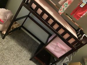 Diaper changing table with accessories for Sale in College Park, GA