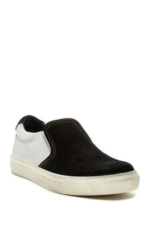 Rogue Men's Riave Slip-On Sneaker Size 9 for Sale in Cleveland, OH