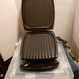 Deluxe George Foreman Grilling Machine for Sale in Eddystone, PA