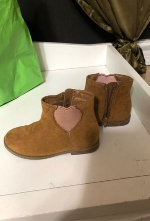 Girl's boots for Sale in Riverside, CA