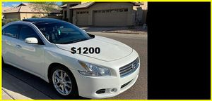 $1200 Nissan MAxima for Sale in Tampa, FL
