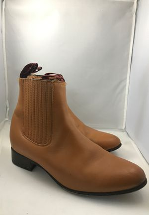 Women's boots for Sale in Orlando, FL