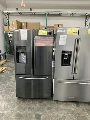 Black Stainless SAMSUNG Refrigerator French Door for Sale in Ontario, CA