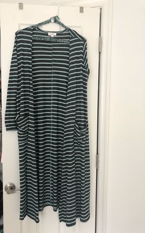LuLaroe SIZE SMALL GRAY/MINT STRIPED SARAH SWEATER for Sale in Gainesville, VA