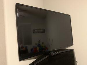 "Samsung 42"" Smart TV for Sale in Moreno Valley, CA"