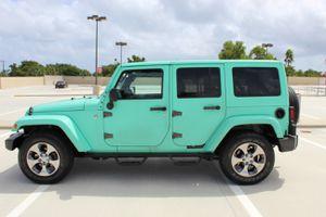 2016 jeep wrangler sahara for Sale in Deerfield Beach, FL