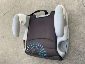 Booster seat for Sale in Vernon, CA