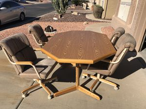 Kitchen/Dining Room Table and 4 Rolling Chairs for Sale in Chandler, AZ