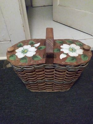 Hand Painted OldSchool Wooden Picnic Basket for Sale in Beaumont, TX