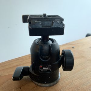 Manfrotto 488RC2 Ball head for Sale in Los Angeles, CA