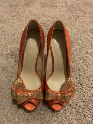 Wittner bow high heels. for Sale in Puyallup, WA