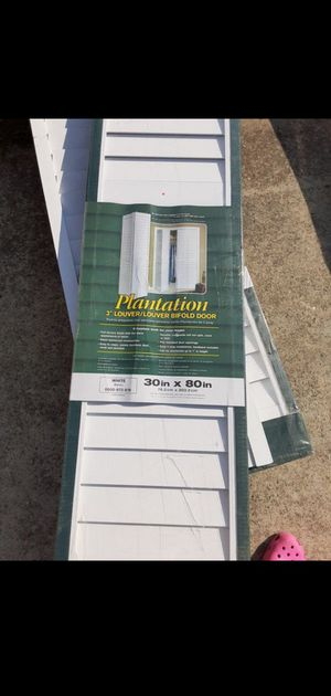 30 x 80 plantation bifold doors (4) available for Sale in Jonesboro, GA