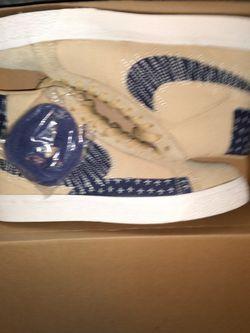 Nike Sb Blazer Mid. Blue/laces for Sale in Peoria,  IL