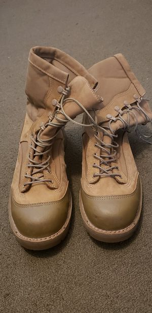 Steel toes working boots size 11 for Sale in North Smithfield, RI