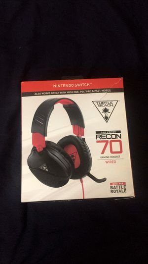 Headset Ps4 Wii or Xbox One (Adult Owned) for Sale in Adelanto, CA