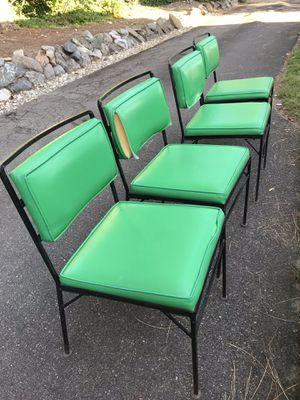 FREE MCM Iron patio chairs for Sale in Redmond, WA