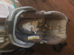 Infant car seat! Barely used! for Sale in Marshall, TX