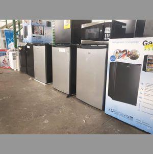 BRAND NEW Frigidaire Mini Refrigerator Fridge #777 for Sale in Miami Springs, FL