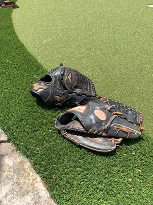 "Rawlings 11.75 & Mizuno 12"" baseball glove for Sale in Mansfield, TX"