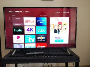 TCL Roku 4K HDR Smart TV 43 for Sale in Austin, TX