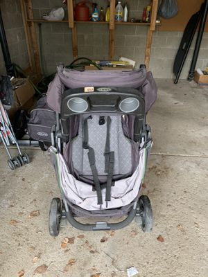 Graco Baby Stroller for Sale in South Park Township, PA