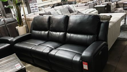 NEW, SOFA and LOVESEAT-- POWERED, WIRLESS CHARGER, LEATHER, BLACK. for Sale in Midway City,  CA