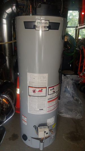 Water heater 40 gallons brand new for Sale in North Bergen, NJ