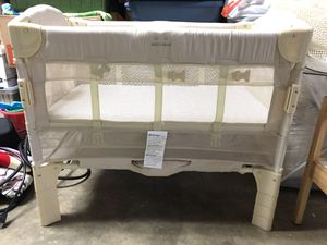Arm's Reach Co Sleeper Euro with Organic Mattress for Sale in Kirkland, WA