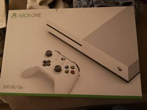 Xbox one S for sale with game and two controllers for Sale in Tempe, AZ