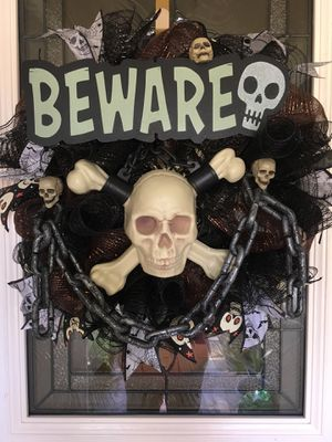Halloween Wreath Skull and Chains for Sale in Stockton, CA