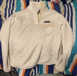 Women's Patagonia pullover for Sale in Yelm, WA