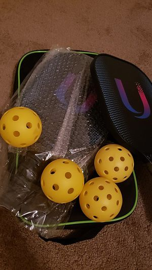 Pickleball Racquet with balls and bag for Sale in Lehi, UT
