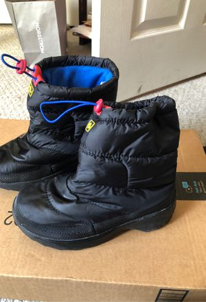 Kids waterproof winter snow boots size 4 and 12 for Sale in San Diego, CA