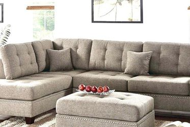 Brown Sectional Sofa/couch With Ottoman for Sale in La Mesa,  CA