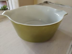VINTAGE PYREX OLIVE GREEN 2.5 QT for Sale in Hillsboro, OR